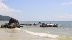Sonido del mar Quang Ninh Viet Nam almacen de metraje de vídeo