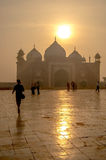 Sonnen-Einstellungsdunst Indiens Taj Mahal Lizenzfreie Stockbilder