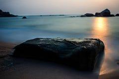 Sonnenaufgänge über dem Golf von Thailand Lizenzfreies Stockbild