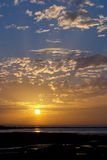 Sonnenaufgänge und Sonnenuntergang lizenzfreies stockfoto