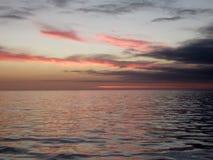 Sonnenaufgang am Äquator, GalÃ-¡ pagos stockfotos