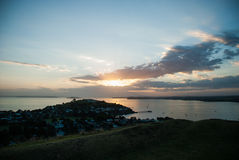 Sonnenaufgang über Auckland Lizenzfreie Stockbilder