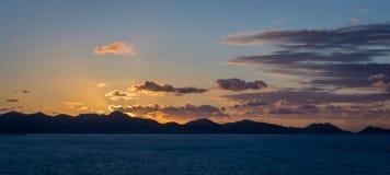 Sonnenaufgang über Berg Lizenzfreies Stockbild