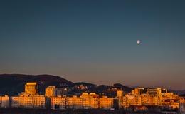 Sonnenaufgang über Brasov Lizenzfreie Stockfotografie