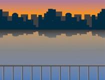Sonnenaufgang über dem Fluss und der Stadt vektor abbildung
