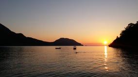 Sonnenaufgang über dem Meer Lizenzfreie Stockbilder