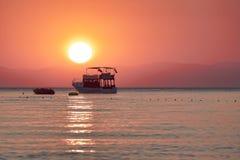 Sonnenaufgang über dem Meer Lizenzfreies Stockbild