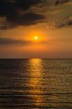 Sonnenaufgang über dem Meer morgens Lizenzfreie Stockfotografie