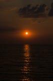 Sonnenaufgang über dem Meer morgens Lizenzfreies Stockbild