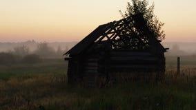 Sonnenaufgang über den Ruinen stock video