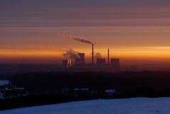 Sonnenaufgang über der Anlage Lizenzfreie Stockfotos