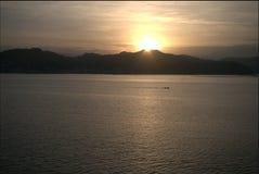 Sonnenaufgang über der Bucht von La Spezia Stockbild