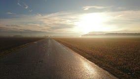 Sonnenaufgang über Feldern im Bayern Lizenzfreie Stockfotos