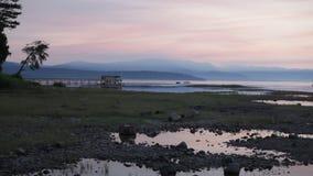 Sonnenaufgang über haarscharfem See stock video
