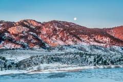 Sonnenaufgang über Rocky Mountains-Vorbergen Lizenzfreies Stockfoto