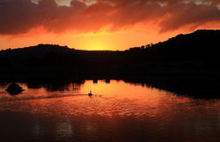 Sonnenaufgang über schwarzes Loch-Sumpf in Seaton Wetlands Lizenzfreies Stockfoto