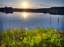 Sonnenaufgang über See Lizenzfreies Stockbild