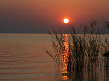 Sonnenaufgang über See Malawi, Afrika Lizenzfreie Stockfotografie