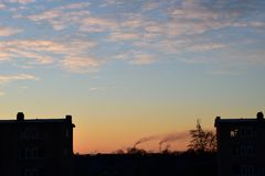 Sonnenaufgang über Stadt Lizenzfreies Stockbild