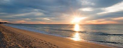 Sonnenaufgang über Strand in San Jose Del Cabo in Baja California Mexiko Stockbilder