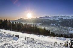 Sonnenaufgang über Tatra-Bergen - Ansicht von Gubalowka stockbild