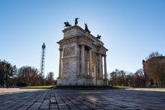 Sonnenaufgang ACRO-della Schritt-(Porta Sempione) in Milan Italy Travelin Stockfoto