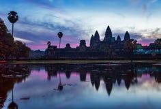 Sonnenaufgang am angkor wat Tempel stockfotografie