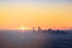Sonnenaufgang-Ansicht der Brisbane-Stadt vom Berg-Blässhuhn-tha Stockfotografie