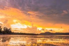 Sonnenaufgang an AO Chalong Stockbild