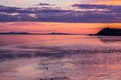 Sonnenaufgang auf Bristol Bay von Ekuk Alaska stockbild