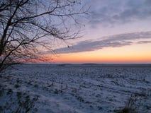 Sonnenaufgang auf dem Gebiet Stockbild