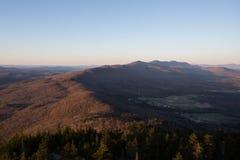 Sonnenaufgang auf dem Gipfel Lizenzfreie Stockbilder