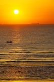Sonnenaufgang auf dem Meer lizenzfreie stockfotos