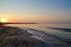 Sonnenaufgang auf dem Meer Stockbilder