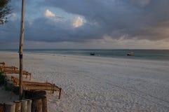 Sonnenaufgang auf dem Strand Stockfotografie