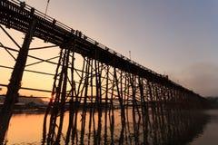 Sonnenaufgang auf dem Sungaria-Fluss Lizenzfreie Stockbilder