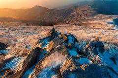 Sonnenaufgang auf Deogyusan-Bergen bedeckt mit Schnee im Winter, Südkorea Stockbild