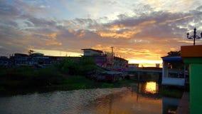 Sonnenaufgang auf der Brücke Stockfotos