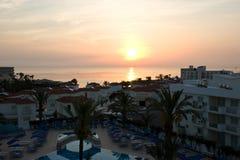 Sonnenaufgang auf der Mittelmeerküste Stockfotografie