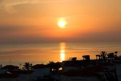 Sonnenaufgang auf der Mittelmeerküste Stockfoto