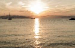 Sonnenaufgang auf der Seeinsel Aigina Griechenland Lizenzfreie Stockfotos