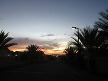 Sonnenaufgang auf einer Straße in der Stadt Puerto Ordaz, Venezuela Lizenzfreie Stockfotografie