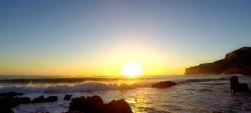 Sonnenaufgang auf Las-Dienstturnussen setzen in Denia auf den Strand lizenzfreie stockfotos