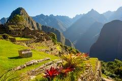 Sonnenaufgang auf Machu Picchu, die verlorene Stadt des Inkas lizenzfreie stockfotos