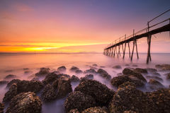 Sonnenaufgang auf Strand stockfotografie