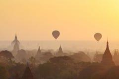 Sonnenaufgang in Bagan Lizenzfreies Stockfoto