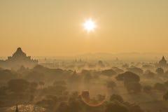 Sonnenaufgang in bagan Lizenzfreie Stockbilder