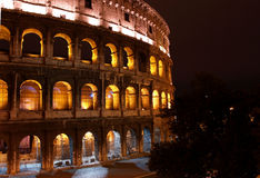 Sonnenaufgang bei Colosseum Stockfotos