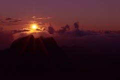 Sonnenaufgang bei Doi Luang Chiangdao Stockfotografie