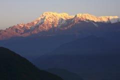 Sonnenaufgang am Berg Annapurna, Nepal Stockbild